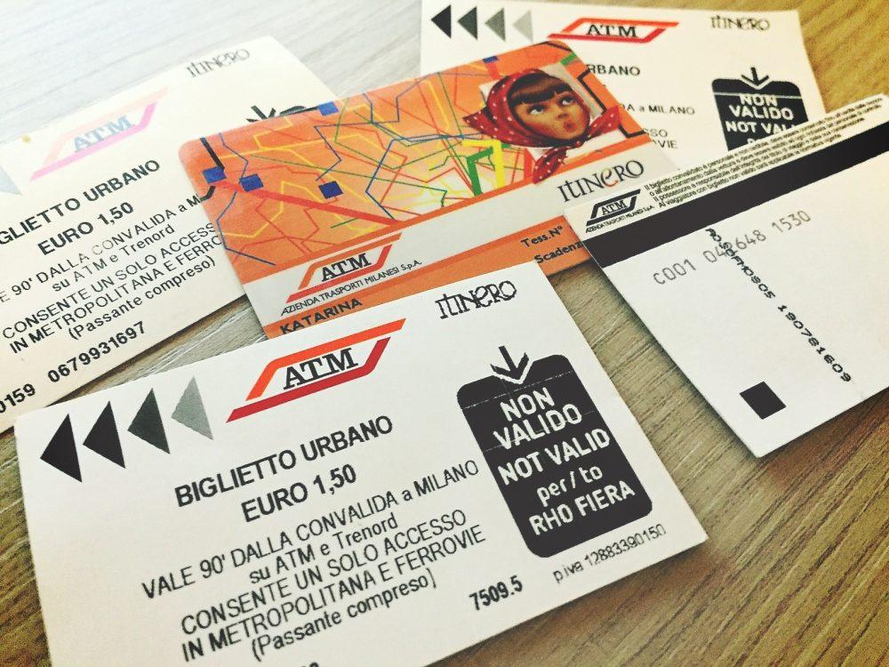lístky na MHD v Miláne